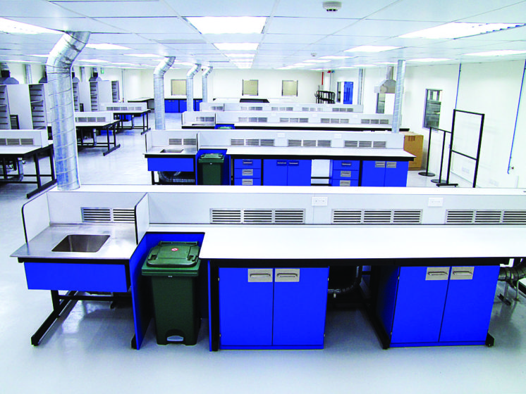 Biolab - Laboratory Benches
